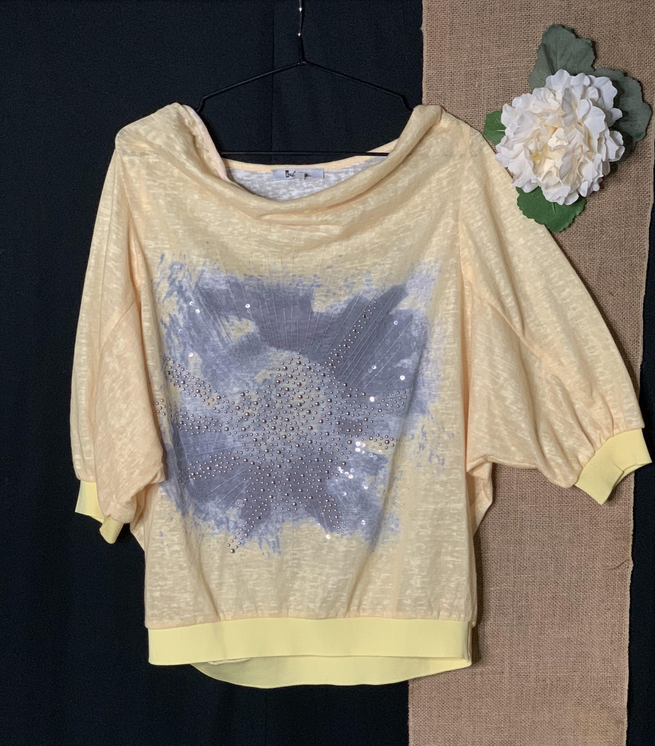 Stylish yellow blouse